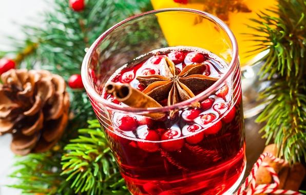 glintveyn-napitok-vino-yagody